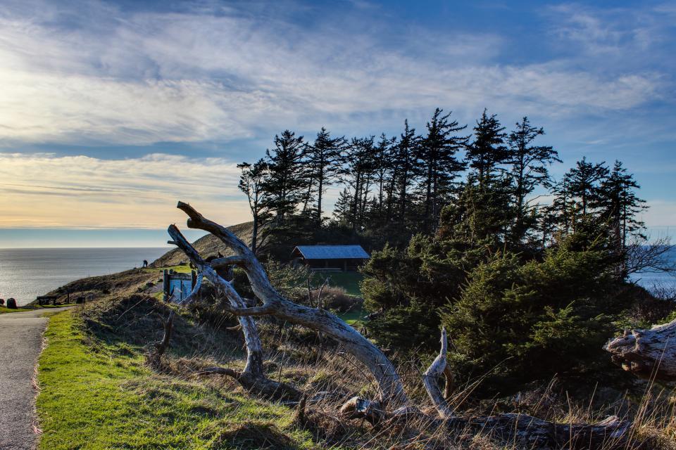 Beaches Inn | Sandpiper Pier Cottage - Cannon Beach Vacation Rental - Photo 22