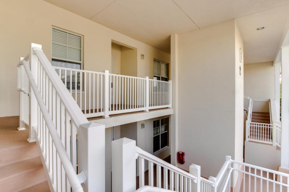 The Terraces On The Green - Reunion Vacation Rental - Photo 19