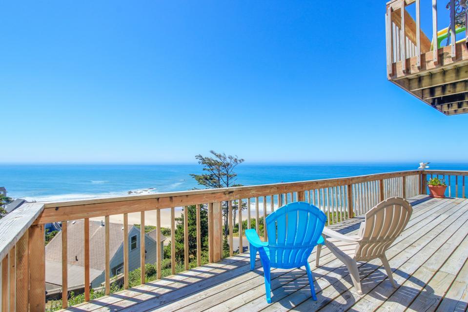Luxury Ocean Escape - Lincoln City Vacation Rental - Photo 3