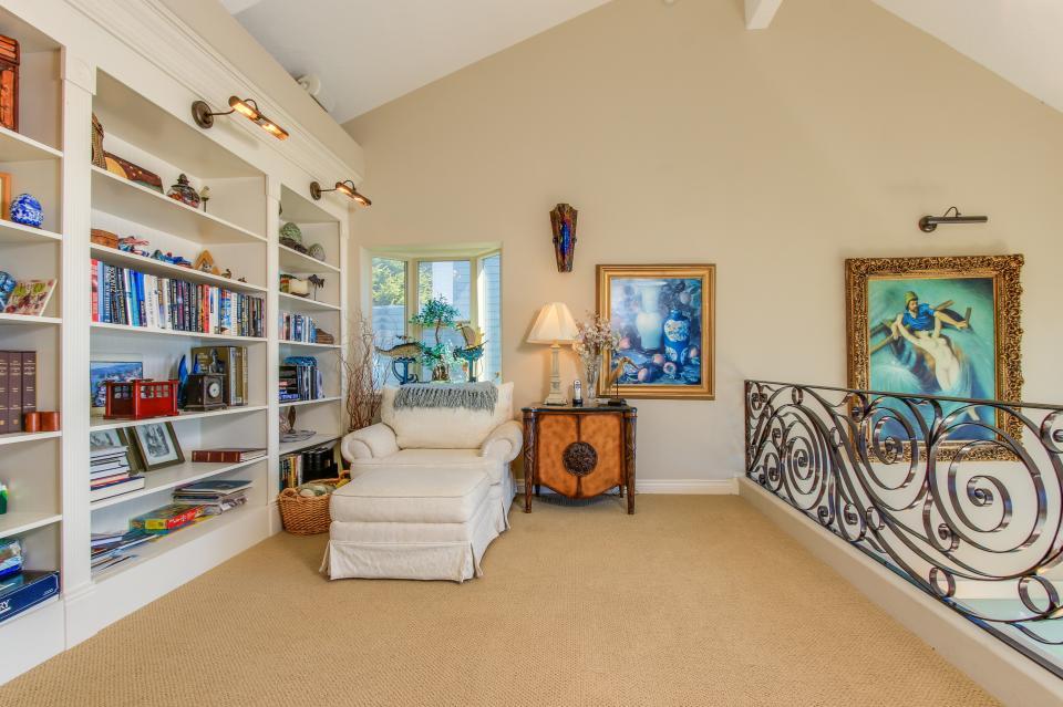 Luxury Ocean Escape - Lincoln City Vacation Rental - Photo 20