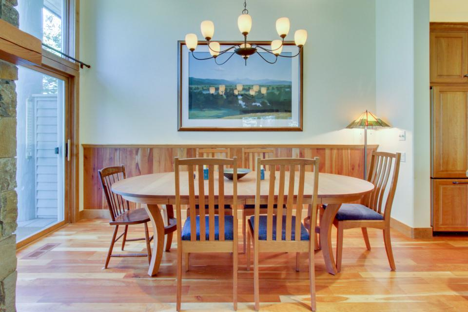 ... Legends   Simply Perfect Elkhorn Retreat   Sun Valley Vacation Rental    Photo 7 ...