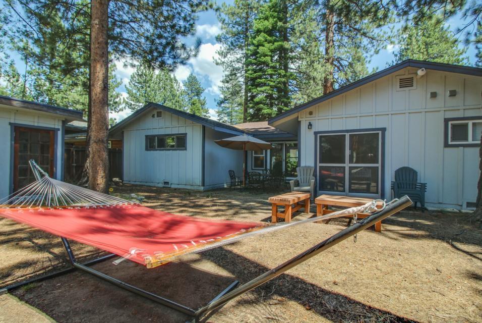 California Pines Family Home - South Lake Tahoe Vacation Rental - Photo 30