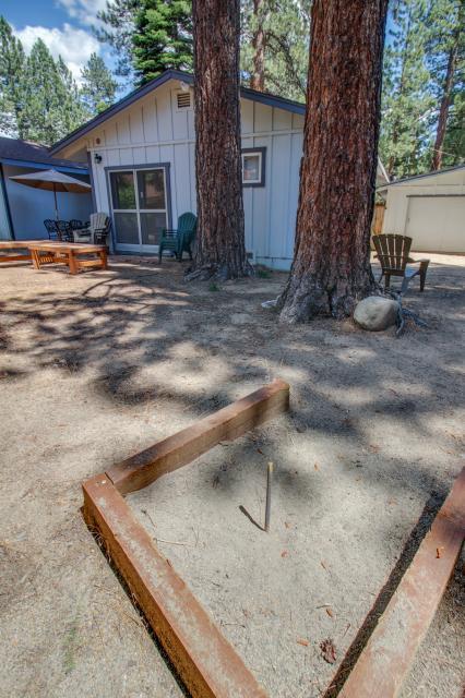 California Pines Family Home - South Lake Tahoe Vacation Rental - Photo 31