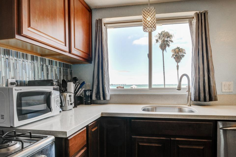 Ocean Beach Pier Large Family - San Diego Vacation Rental - Photo 9