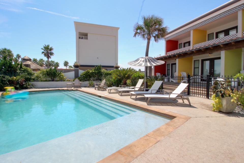 Condo di Cocco - CoccoLocco - Galveston Vacation Rental - Photo 2