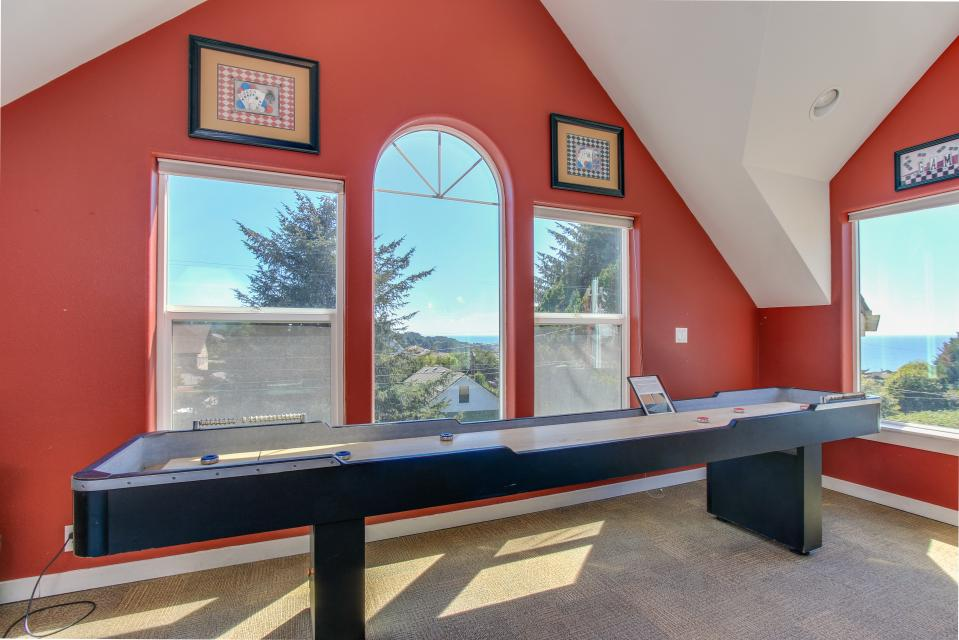 Crystal Rose Luxury Home - Lincoln City - Take a Virtual Tour