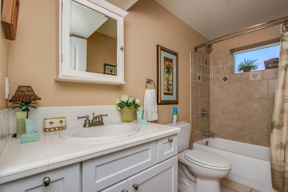 Crystal Rose Luxury Home - Lincoln City Vacation Rental - Photo 25