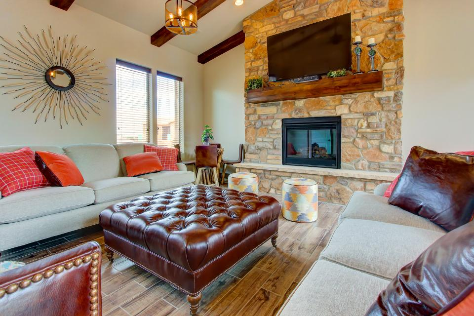 Mountain View Retreat: Paradise Village at Zion #39 - Santa Clara Vacation Rental - Photo 75