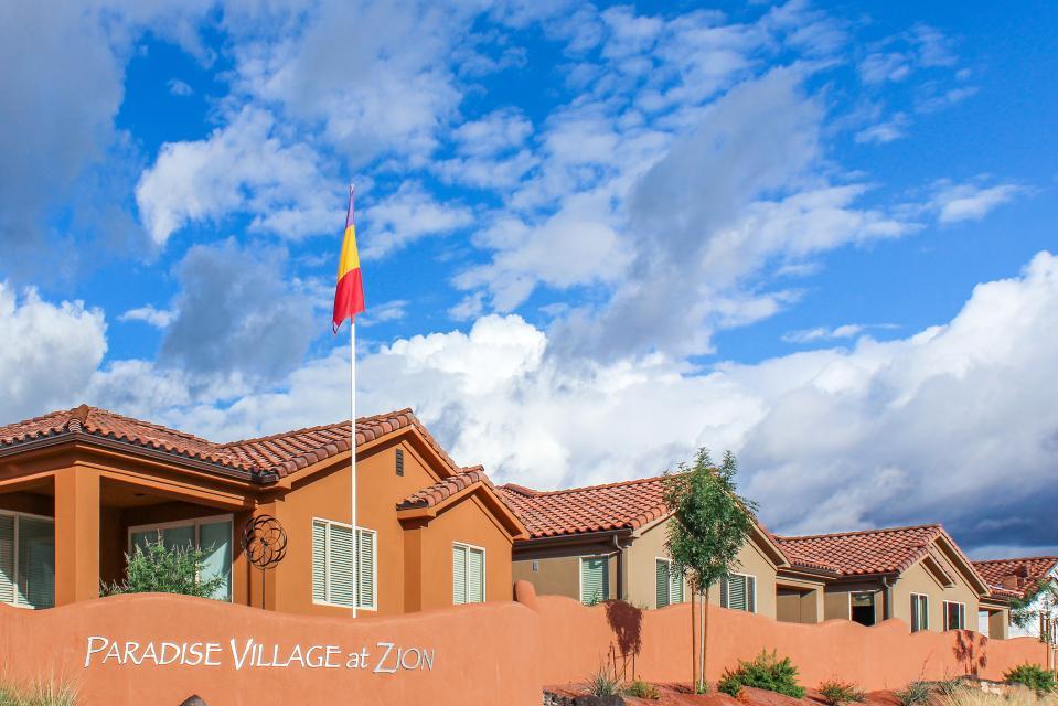 Mountain View Retreat: Paradise Village at Zion #39 - Santa Clara Vacation Rental - Photo 63