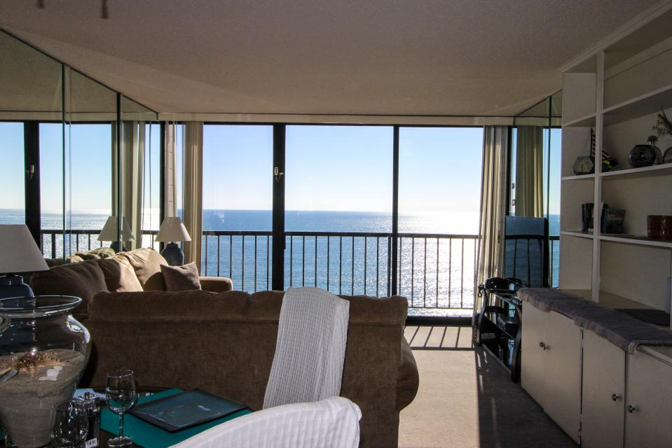 The Capri~ Sand and Sea - San Diego Vacation Rental - Photo 6