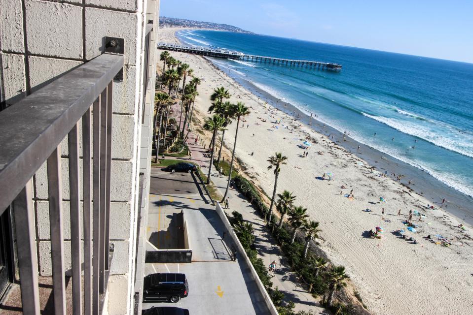 The Capri~ Sand and Sea - San Diego Vacation Rental - Photo 41