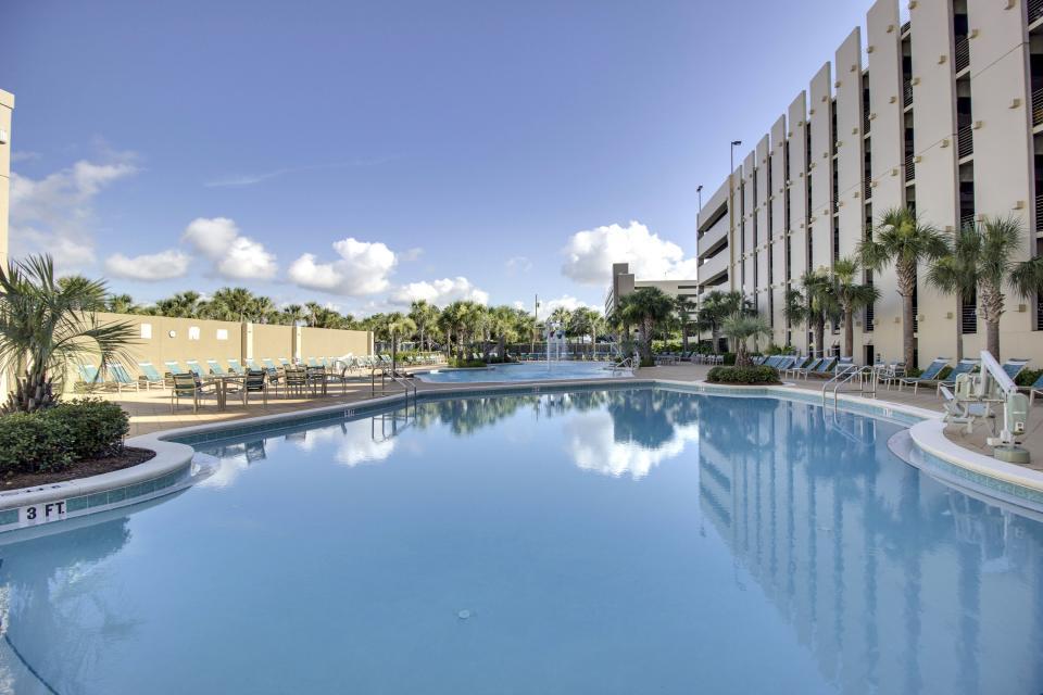 Emerald Beach 1133 - Panama City Beach Vacation Rental - Photo 2