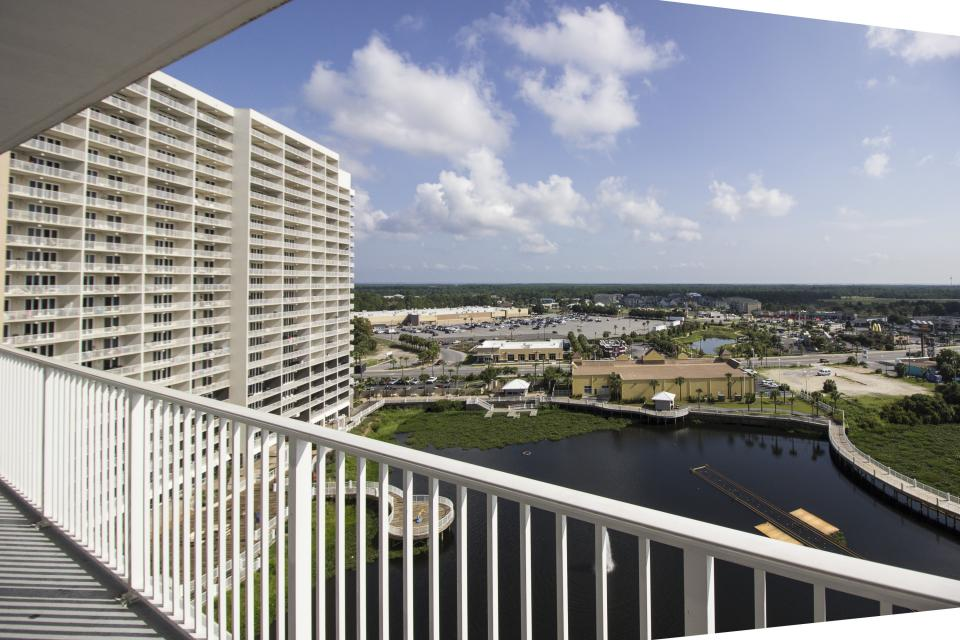 1118 Laketown Wharf - Panama City Beach Vacation Rental - Photo 29