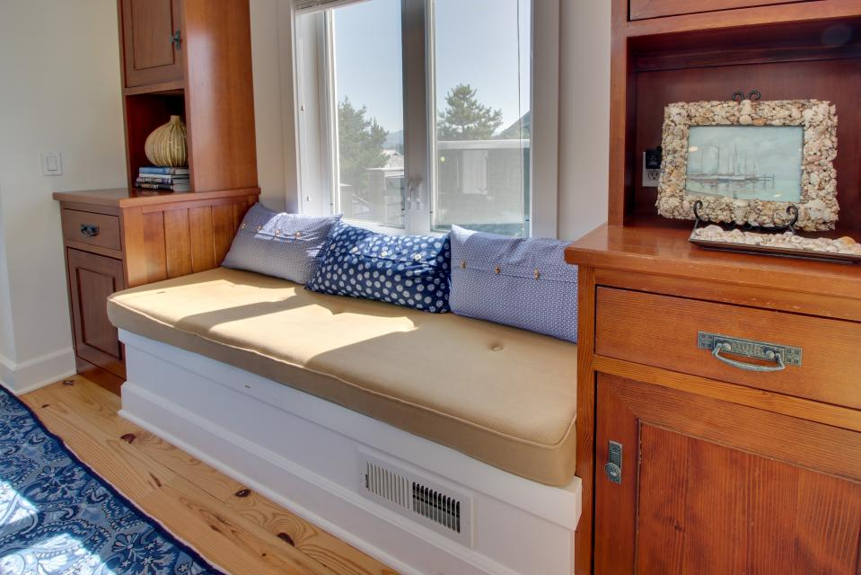 The Highlands Gearhart Beach House - Gearhart Vacation Rental - Photo 6