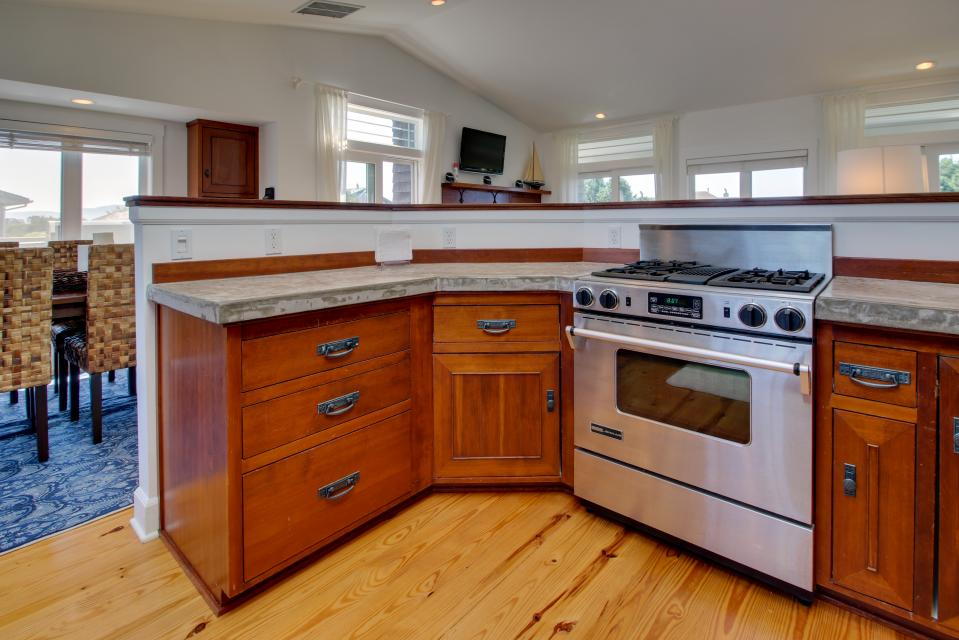 The Highlands Gearhart Beach House - Gearhart Vacation Rental - Photo 7
