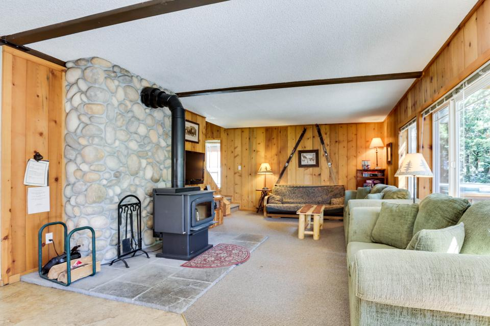 Mt Hood Chalet Vacation Rental - Government Camp Vacation Rental - Photo 24