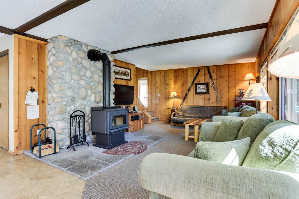 Mt Hood Chalet Vacation Rental - Government Camp Vacation Rental - Photo 4