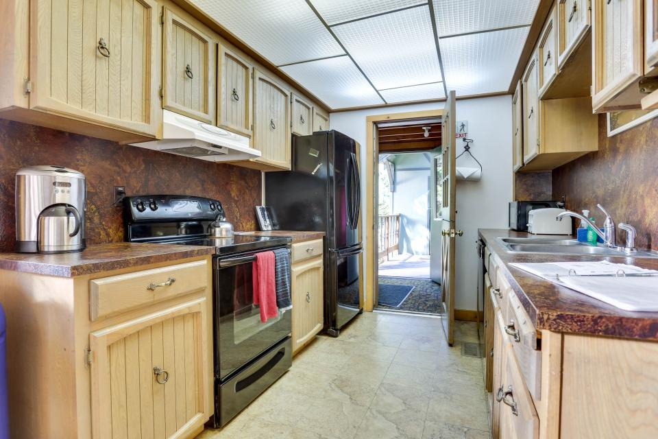 Mt Hood Chalet Vacation Rental - Government Camp Vacation Rental - Photo 6