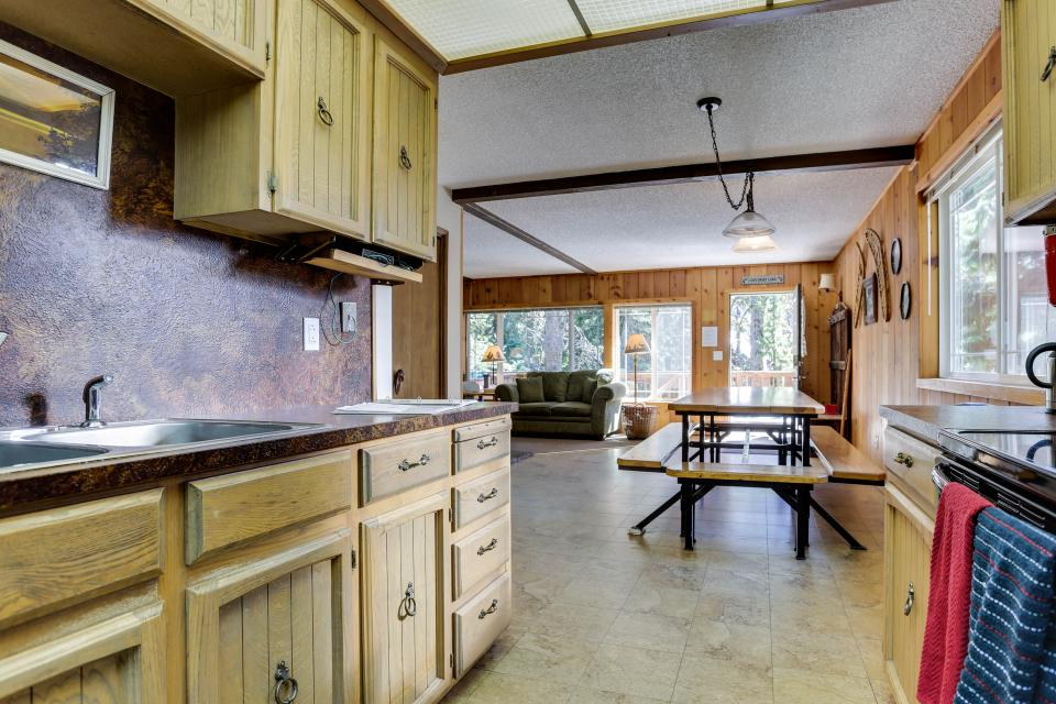 Mt Hood Chalet Vacation Rental - Government Camp Vacation Rental - Photo 9