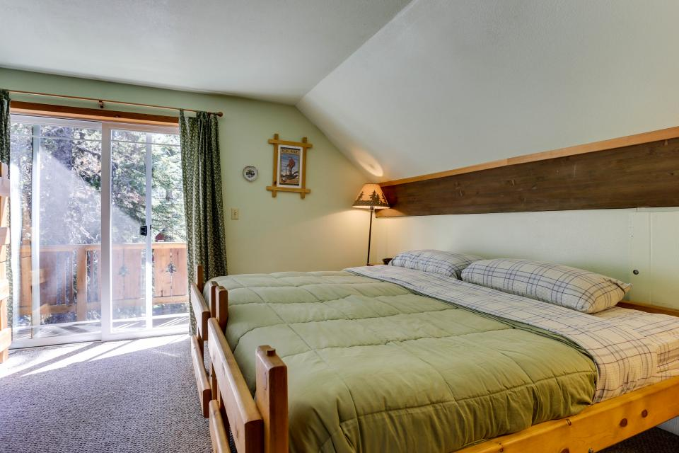 Mt Hood Chalet Vacation Rental - Government Camp Vacation Rental - Photo 36
