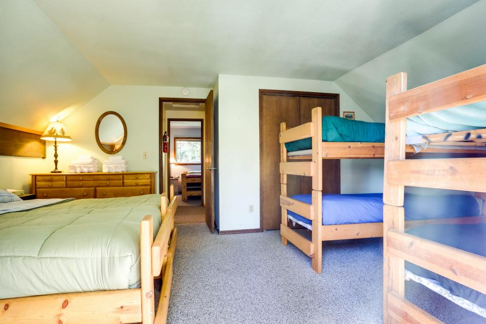 Mt Hood Chalet Vacation Rental - Government Camp Vacation Rental - Photo 12