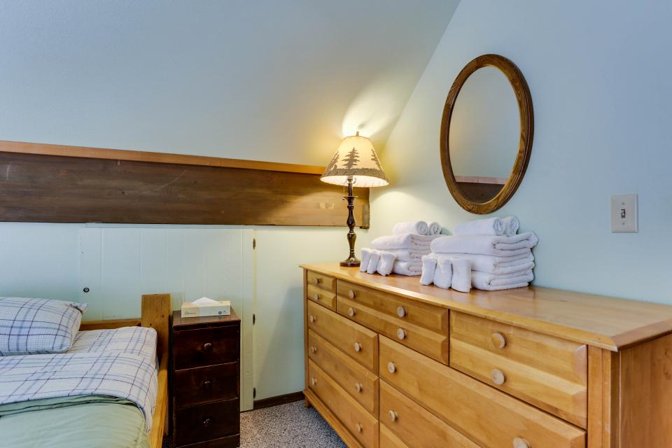 Mt Hood Chalet Vacation Rental - Government Camp Vacation Rental - Photo 11