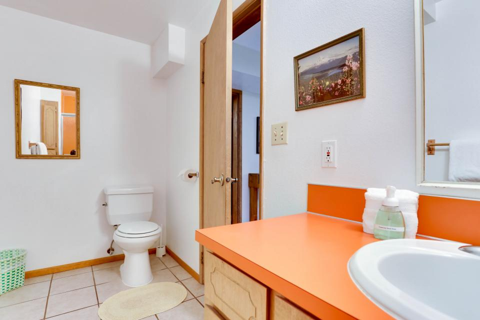 Mt Hood Chalet Vacation Rental - Government Camp Vacation Rental - Photo 20