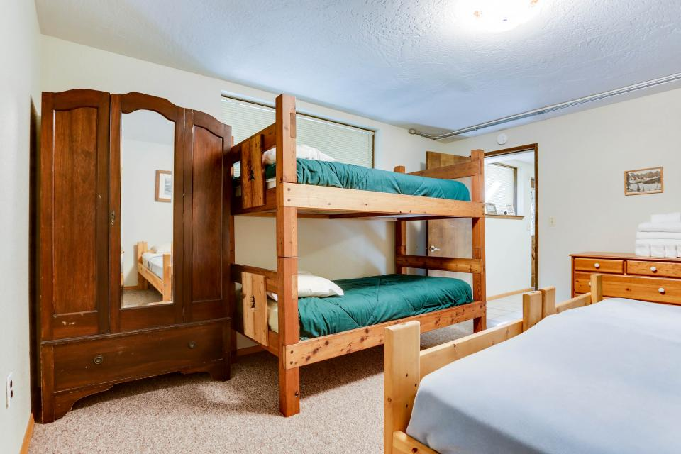 Mt Hood Chalet Vacation Rental - Government Camp Vacation Rental - Photo 43