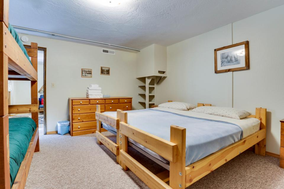 Mt Hood Chalet Vacation Rental - Government Camp Vacation Rental - Photo 52