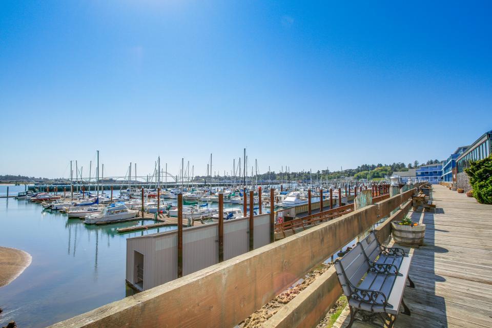 Embarcadero 401: Captain's Quarters - Newport Vacation Rental - Photo 16