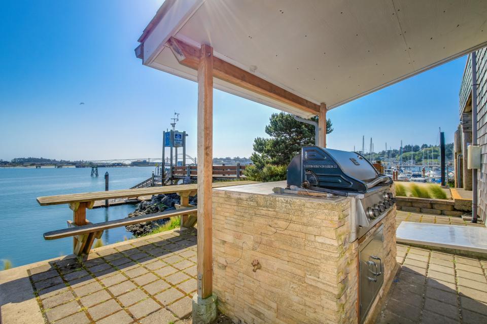 Embarcadero 401: Captain's Quarters - Newport Vacation Rental - Photo 28