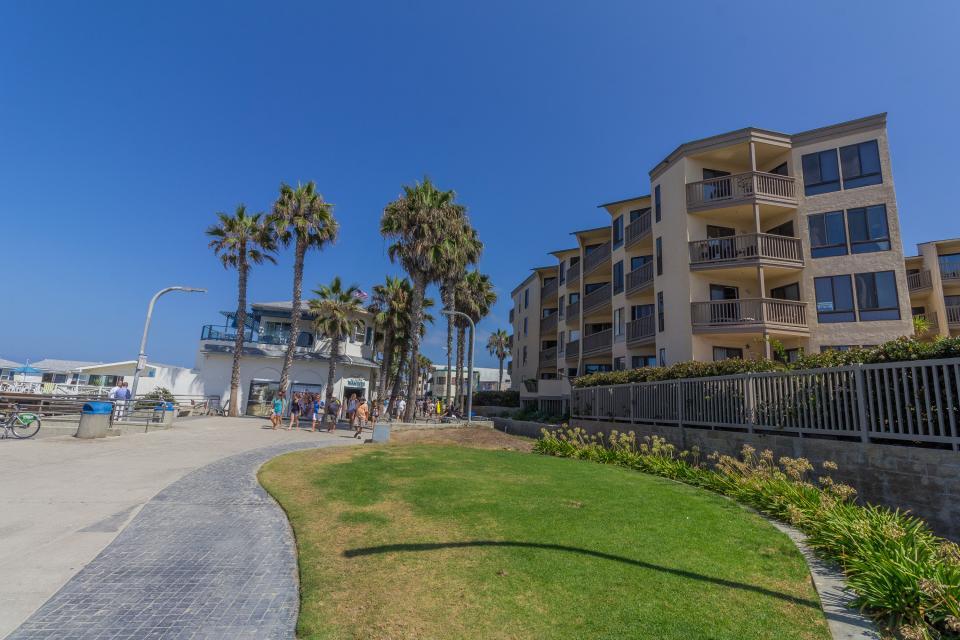 See the Sea Pacific Beach - San Diego Vacation Rental - Photo 15