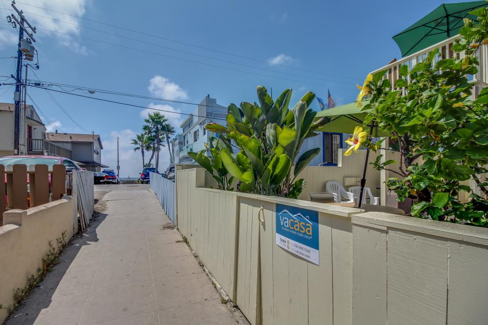 Mike's Place at the Beach - San Diego Vacation Rental - Photo 21
