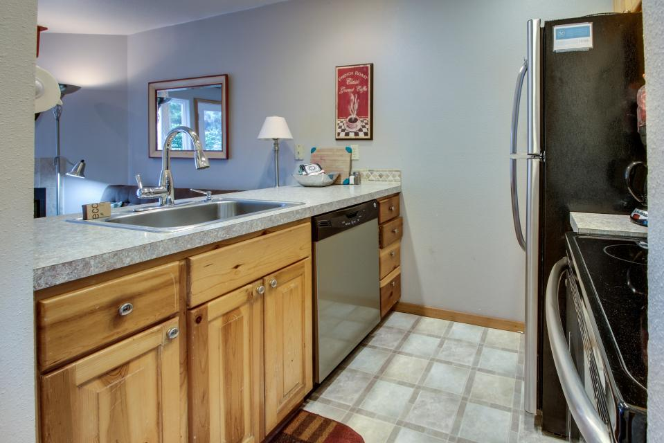 Beaches Inn Townhomes - Cannon Beach Vacation Rental - Photo 6