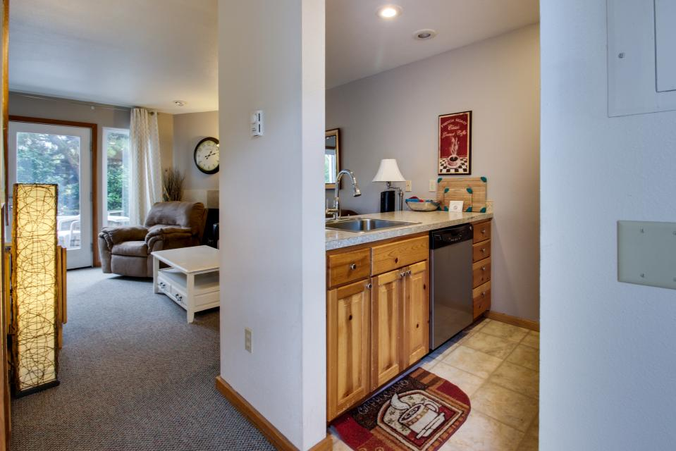 Beaches Inn Townhomes - Cannon Beach Vacation Rental - Photo 18