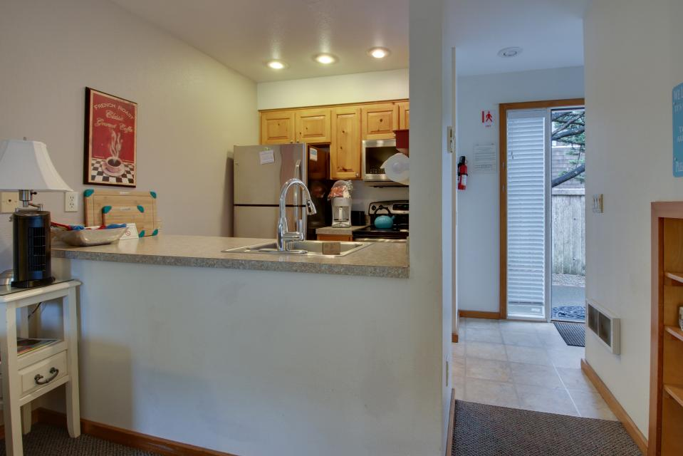Beaches Inn Townhomes - Cannon Beach Vacation Rental - Photo 19