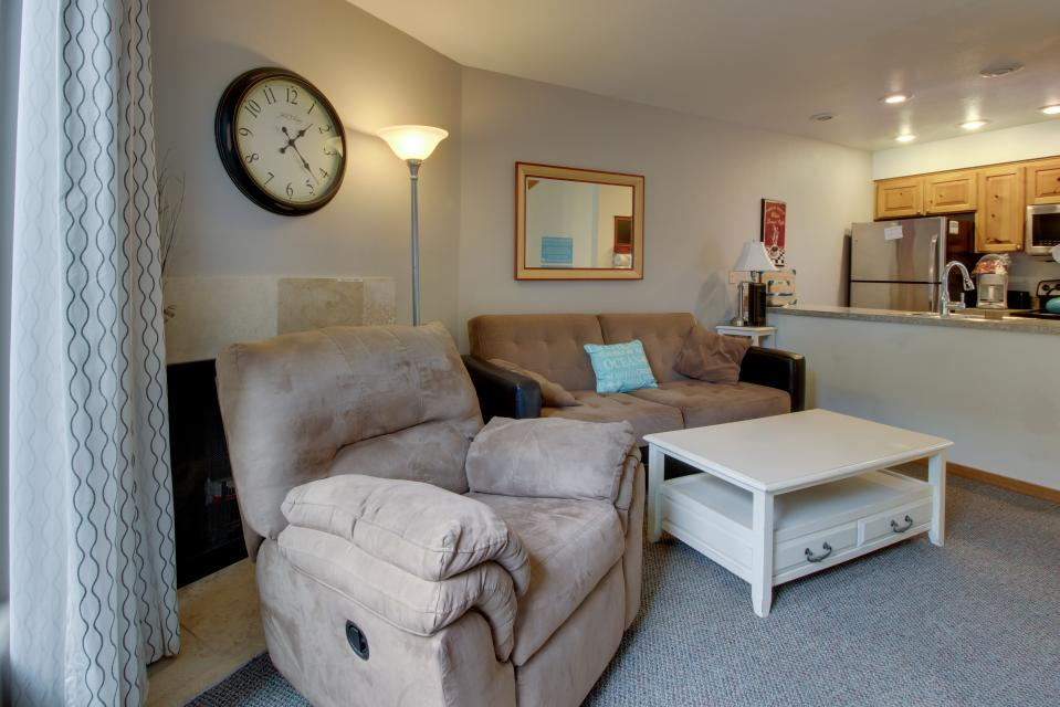 Beaches Inn Townhomes - Cannon Beach Vacation Rental - Photo 10