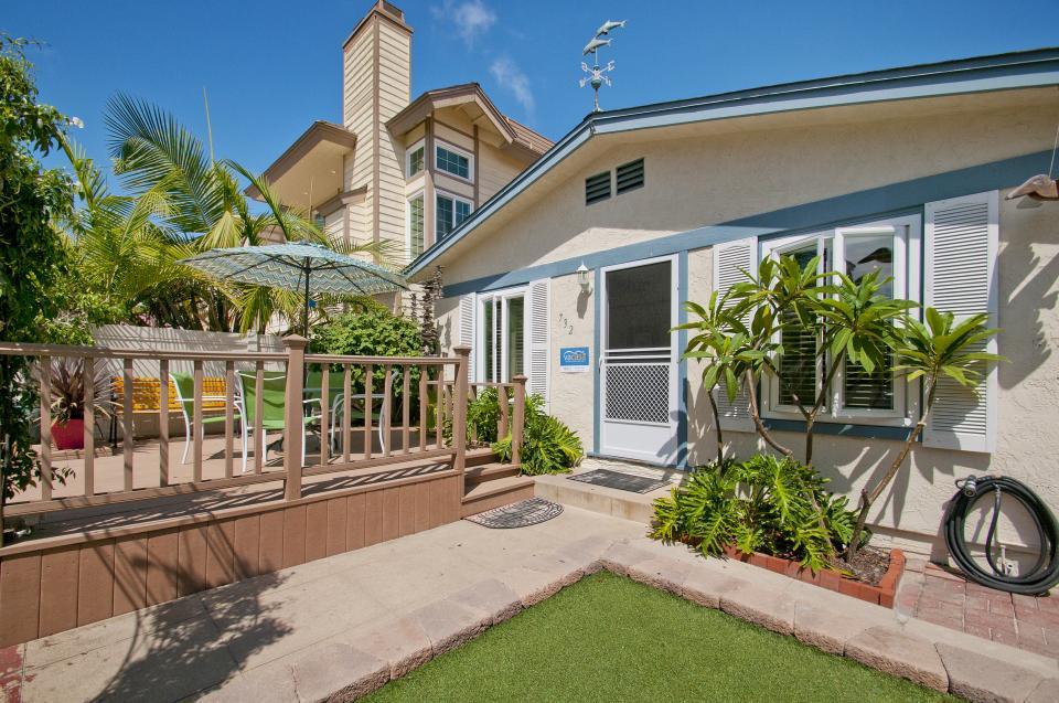 Vacation Rental   Photo 27  Jamaican Beach Cottage   San Diego   Take a  Virtual Tour. Jamaican Beach Cottage   2 BD Vacation Rental in San Diego  CA