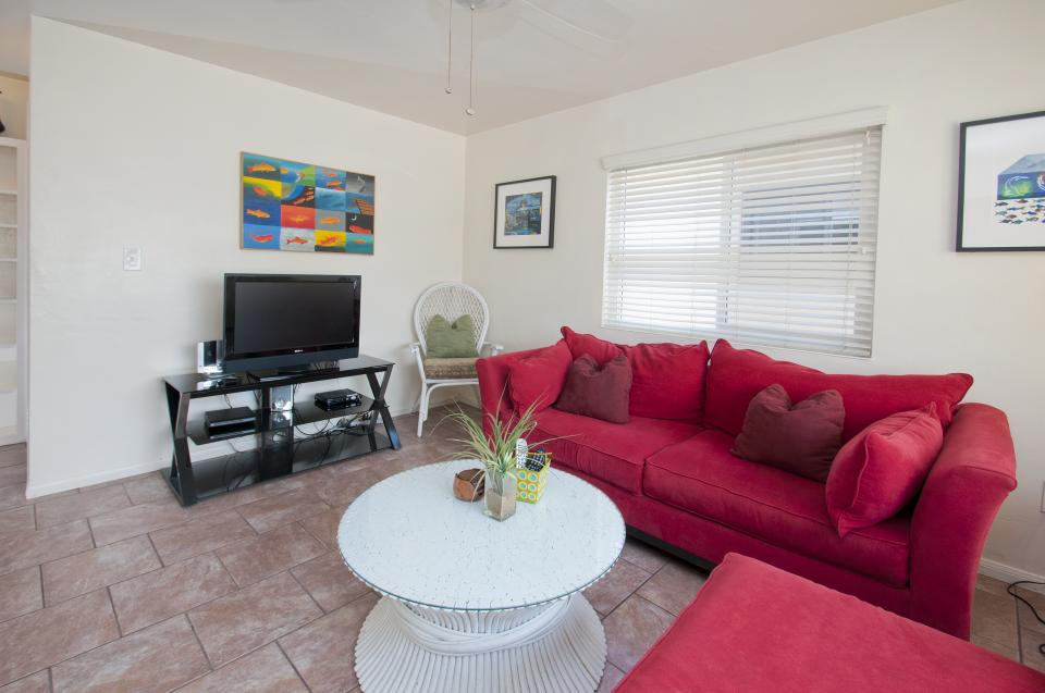 Rosewitha's Beach Hideaway - San Diego Vacation Rental - Photo 21