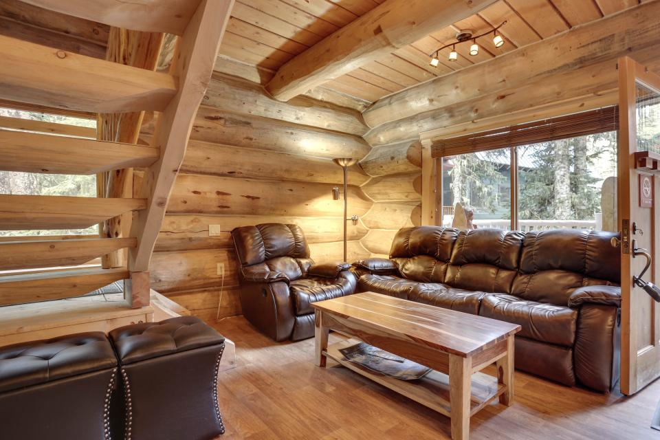 Little Bear Cabin - Government Camp Vacation Rental - Photo 2