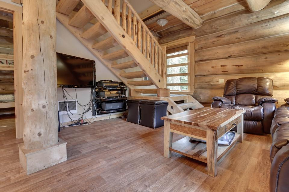 Little Bear Cabin - Government Camp Vacation Rental - Photo 7