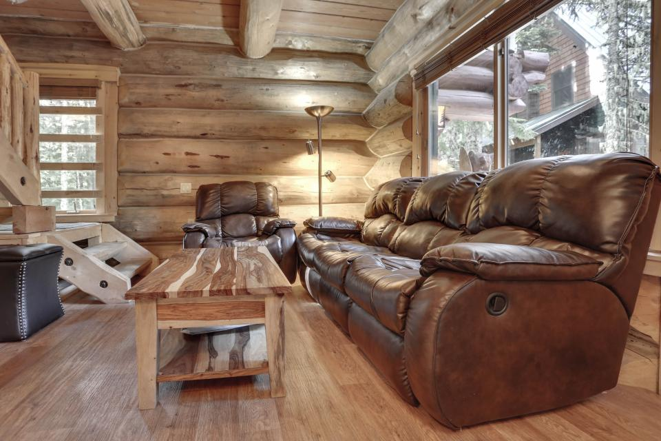 Big Bear Cabin and Little Bear Cabin - Government Camp Vacation Rental - Photo 14