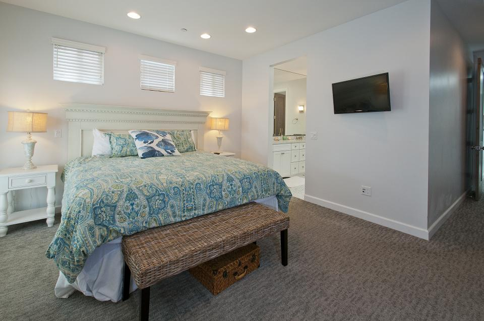 The Beach Comber - San Diego Vacation Rental - Photo 12