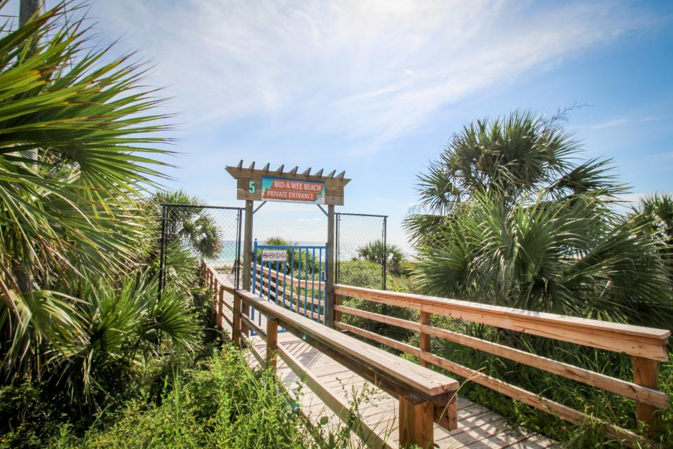 Bid-A-Wee Beach Cottages In-Law House - Panama City Beach Vacation Rental - Photo 21
