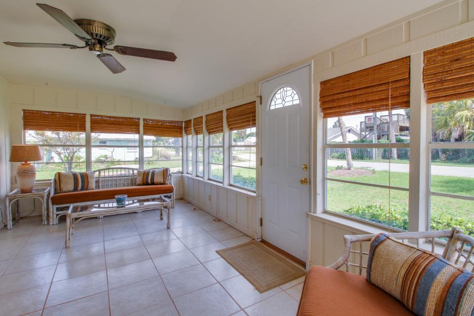 Bid-A-Wee Beach Cottages - Panama City Beach Vacation Rental - Photo 2