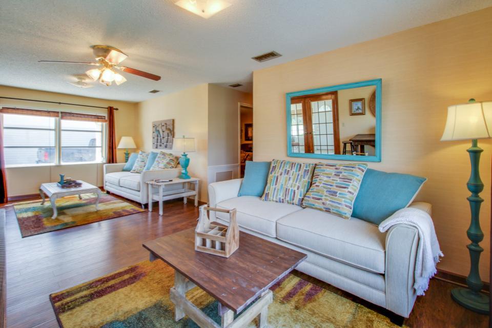 Bid-A-Wee Beach Cottages - Panama City Beach Vacation Rental - Photo 8