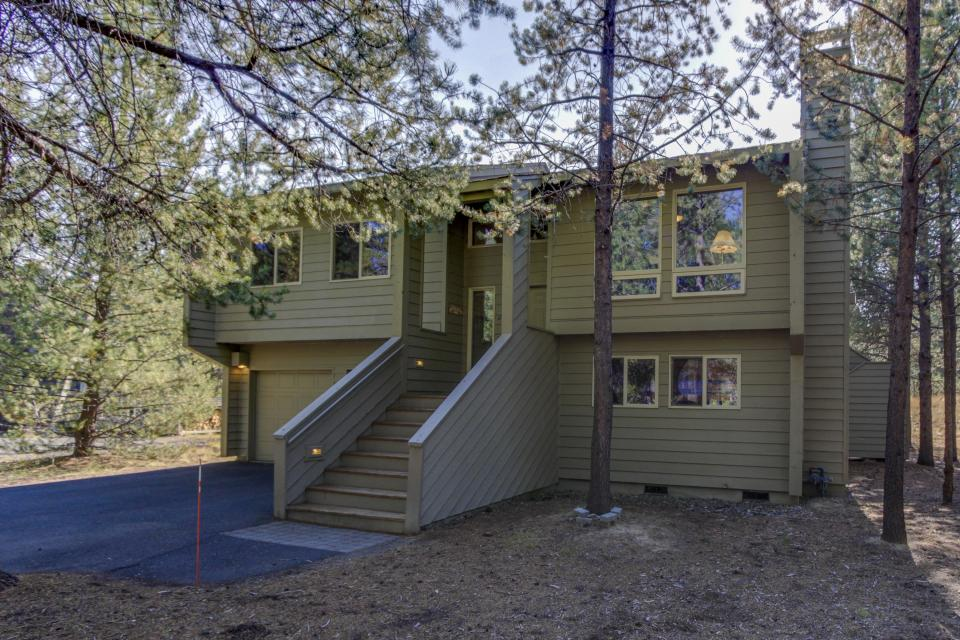 6 Approach Lane - Sunriver Vacation Rental - Photo 25