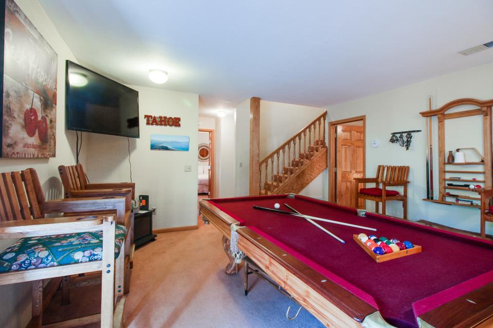 Trout Creek Retreat - South Lake Tahoe Vacation Rental - Photo 5