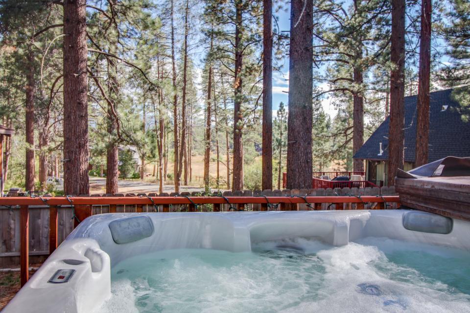 Trout Creek Retreat - South Lake Tahoe - Take a Virtual Tour