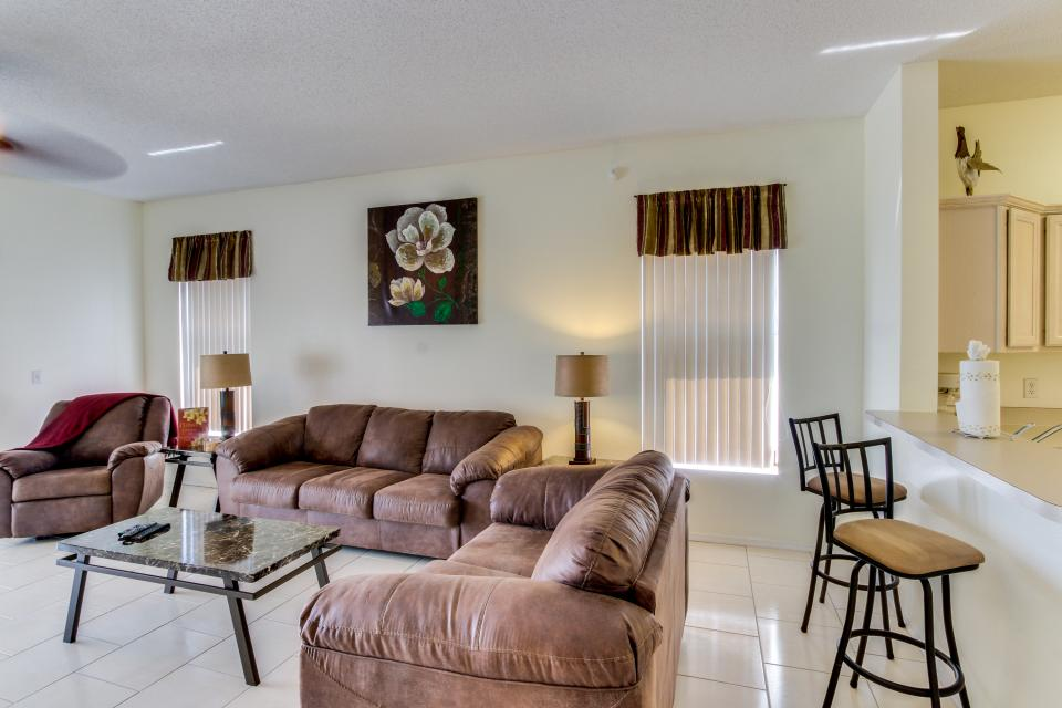 Sunshine's Happy Pool Home  - Davenport Vacation Rental - Photo 7